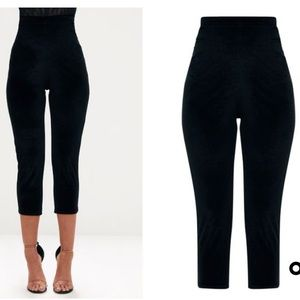 0a13e520d8be17 PrettyLittleThing Pants - PRETTY LITTLE THING BLACK VELVET CROPPED LEGGINGS